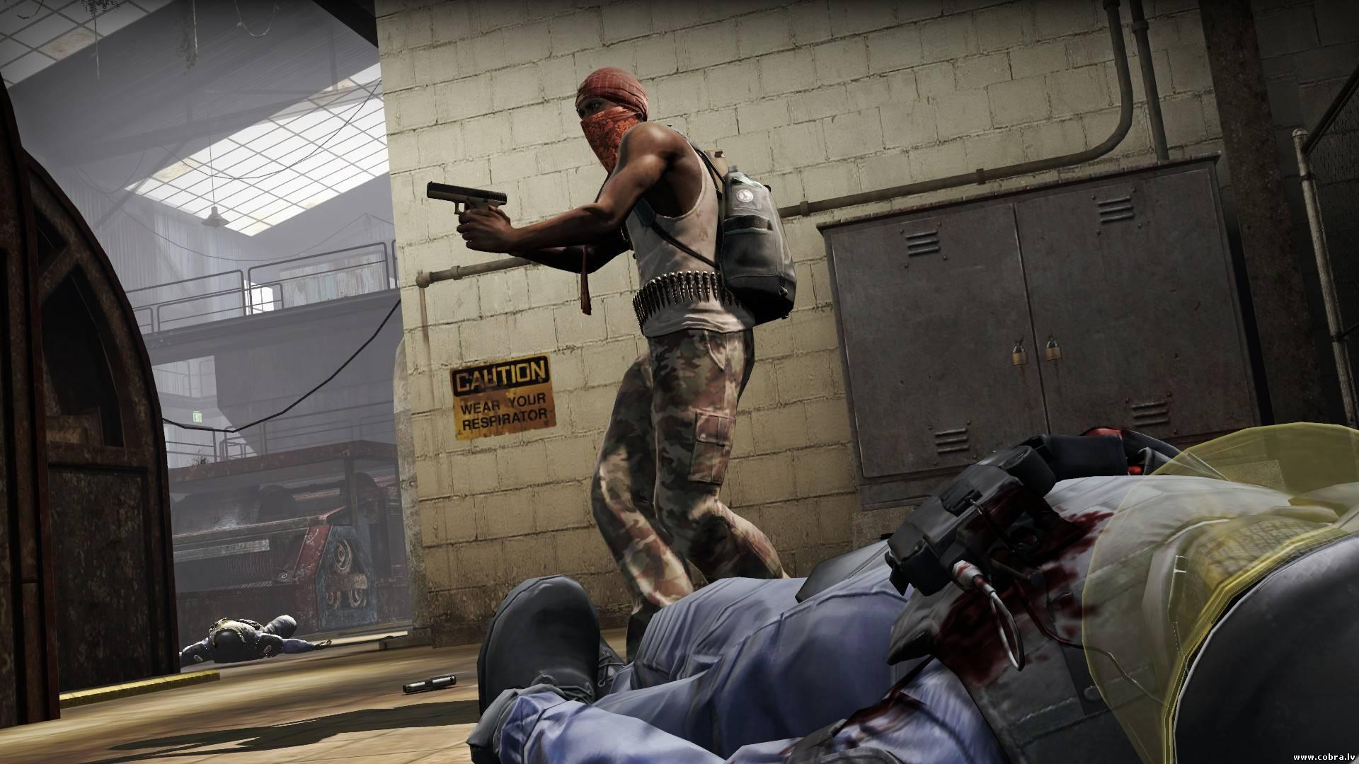 Вступительного ролика, как тот, который показан в Counter-Strike